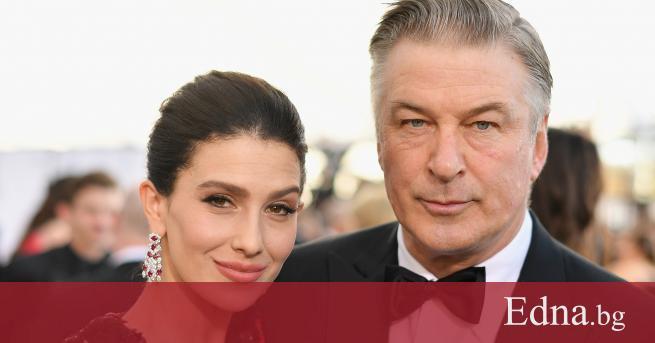 Съпругата на актьора Алек Болдуин съобщи, че семейството им ще
