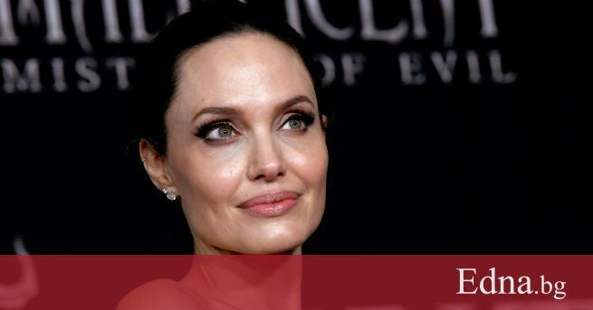 Излезе тъй очакванта книга на Анджелина Джоли. Книга, която има