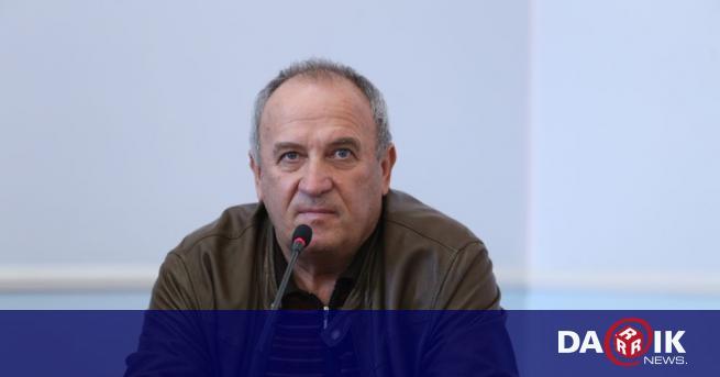 Проф. Атанас Темелков – началник на Клиниката по анестезиология и