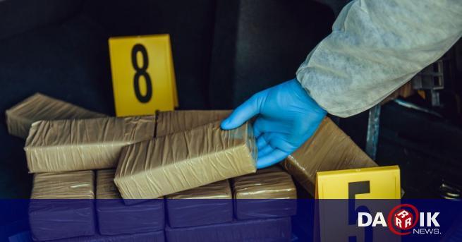 Организирана престъпна група, занимаваща се с контрабанда на кокаин, бе