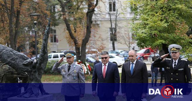 Денят на военния парашутист от Българската армия бе отбелязан с