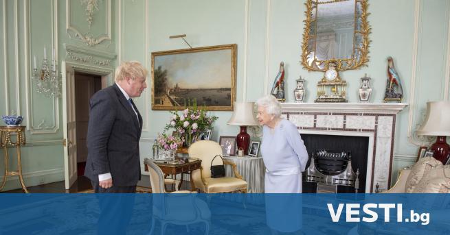 Б ританската кралица Елизабет Втора за първи път от март