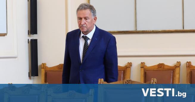 М инистърът на здравеопазването д-р Стойчо Кацаров коментира ситуацията с