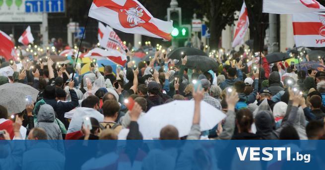 родължават мащабните антиправителствени протести в столицата на Беларус, Минск. На