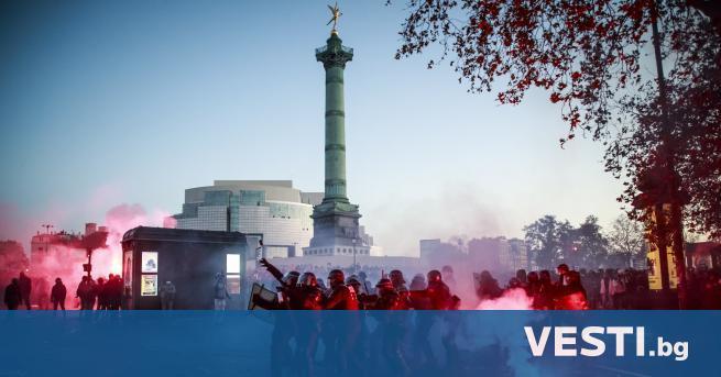 иляди хора се присъединиха днес към демонстрации в цяла Франция