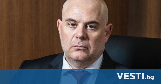 class=first-letter-big>Г лавният прокурор Иван Гешев отправи поздрав към българите по