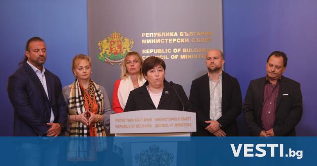 М инистър-председателят Стефан Янев проведе среща с представители на туристическия