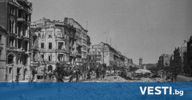 С лед Втората световна война германската икономика се разпада. Бойните