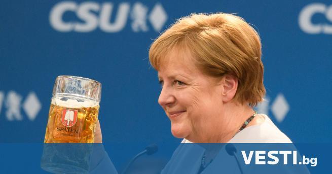 а 22 ноември се навършиха 15 години, откакто Ангела Меркел