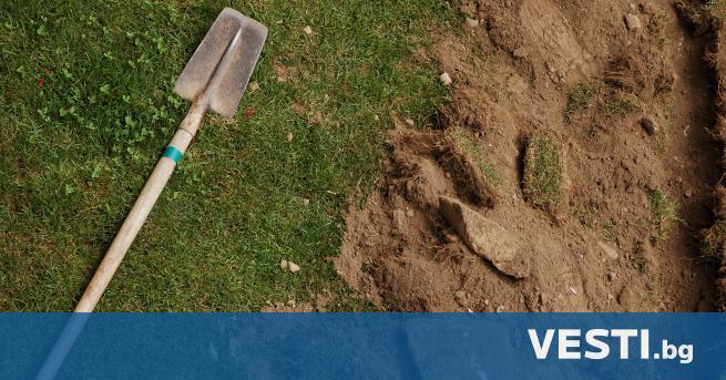 О ткриха няколкостотин безименни гробове близо до бивше училище в