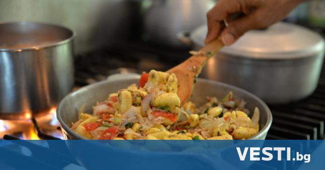 П лод аки със солена риба е ямайско национално ястие.