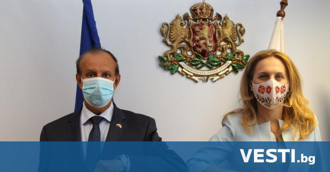 ицепремиерът и министър на туризма проведе работна среща с Н.Пр.