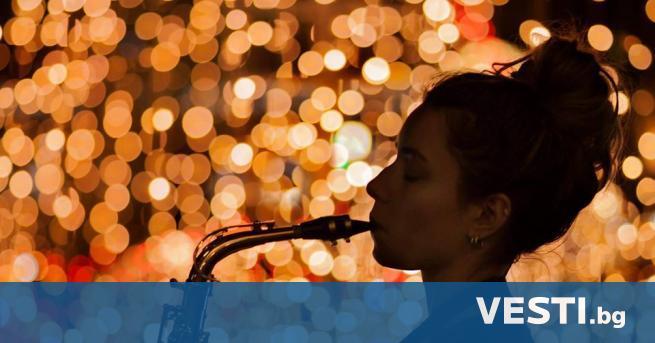 алица Тонева е момичето със саксофона и нежния глас, която