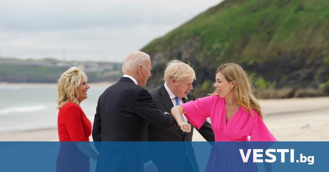 Б ританският премиер Борис Джонсън посрещна лидерите на страните от