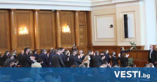 Д епутатите приеха съставите на парламентарните комисии. Гласувани бяха членовете