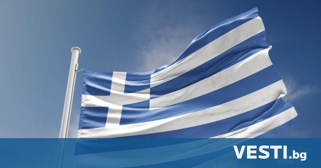 Г ръцките власти удължиха всички действащи досега ограничения за влизане