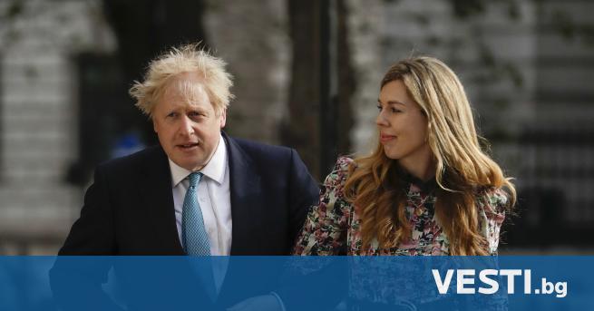 Б ританският министър-председател Борис Джонсън и годеницата му Кари Саймъндс