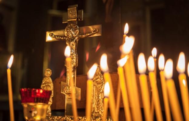 кръст свещ христос християнство