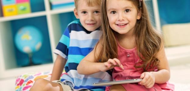 таблет деца родител технологии