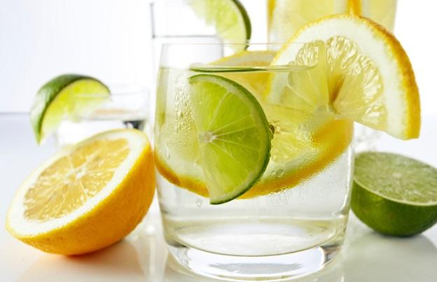 вода лимони