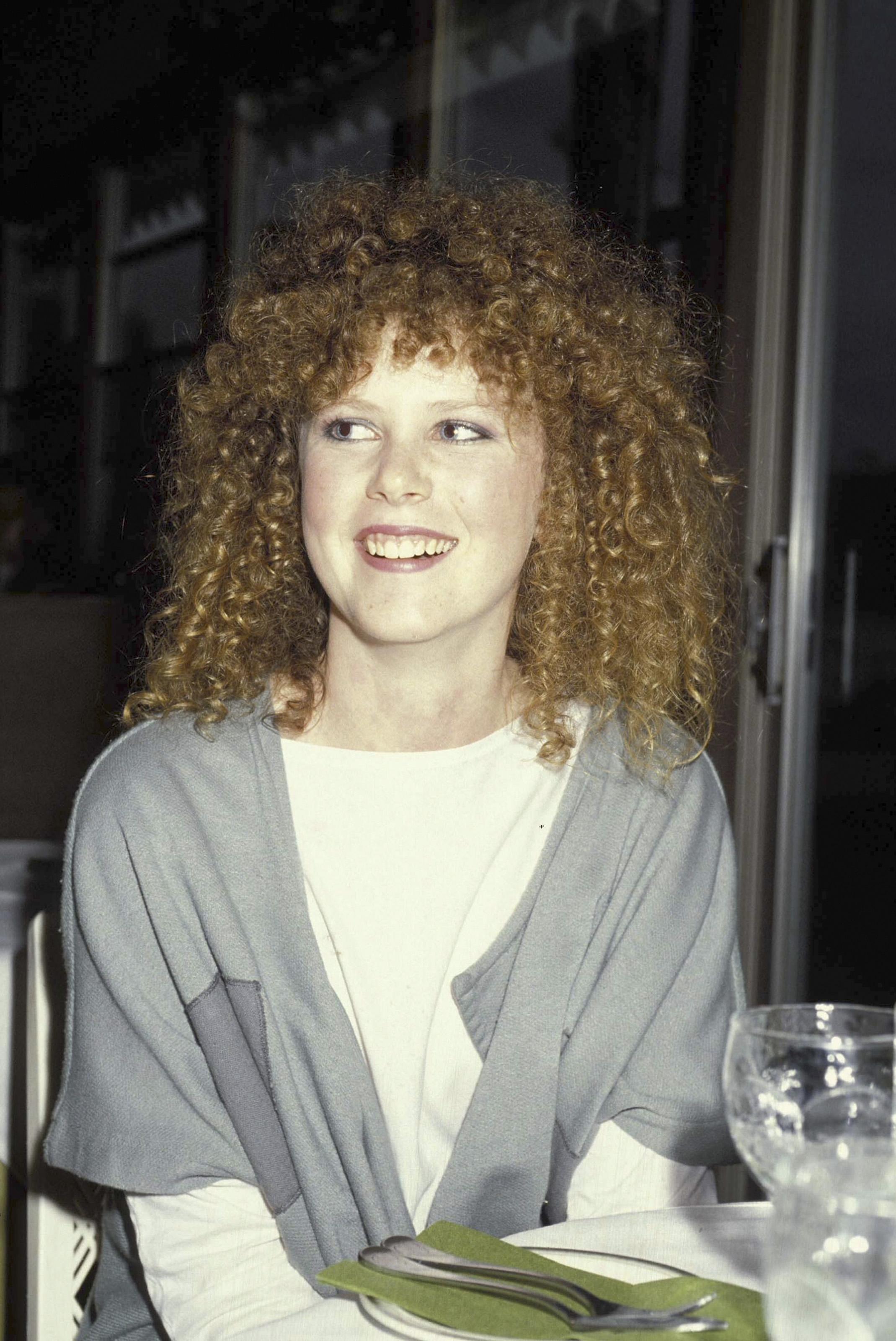 1986 на мода са буйните, но ситни къдрици