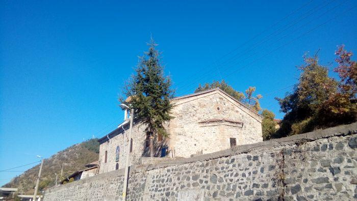 Църквата в Брежани