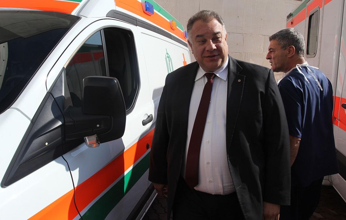 Божидар Нанков оглавяваше здравното министерство в служебния кабинет на Георги Близнашки. Сега е зам.-министър на здравеопазването.