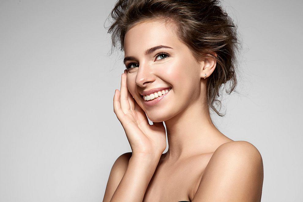 жена лице кожа