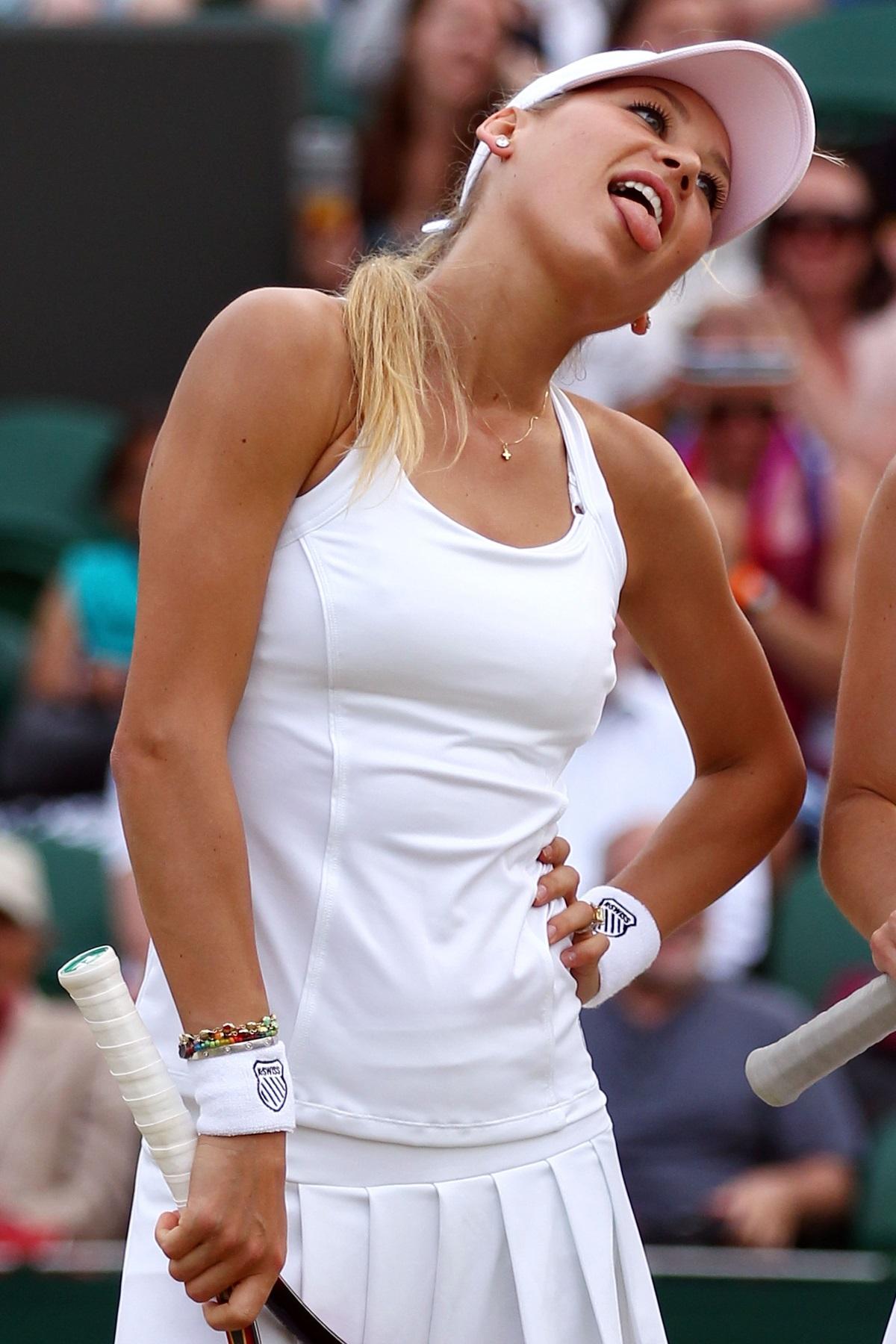 <p>Анна започва да играе&nbsp;тенис&nbsp;още на 5-годишна възраст.</p>