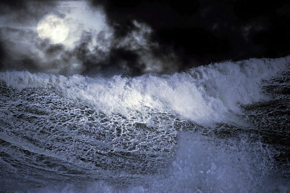 океан море вълни нощ