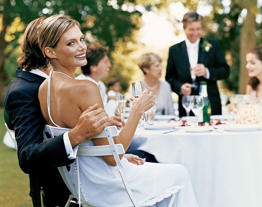 Учени установиха, че колкото повече младоженците харчат за сватбата, толкова по-вероятно е след време те да се разведат