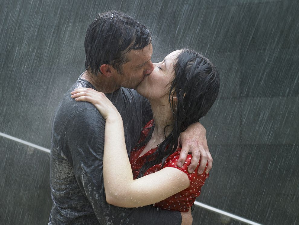 Понякога целувката означава обич, друг път  привличане или желание, а може да е и израз на благодарност