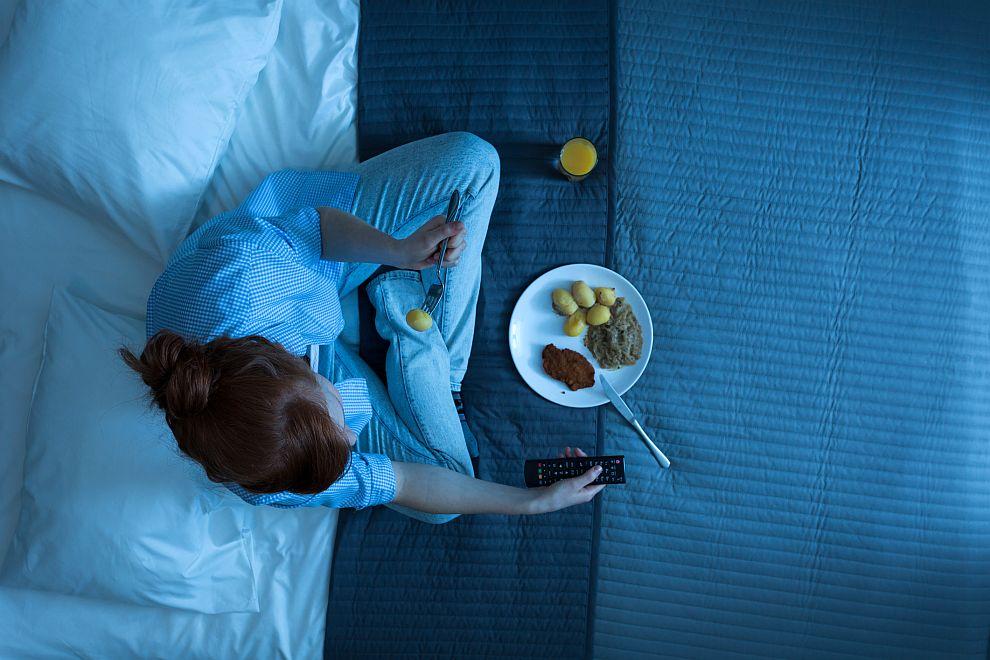 Късният прием на храна нарушава биологичните ритми на човека
