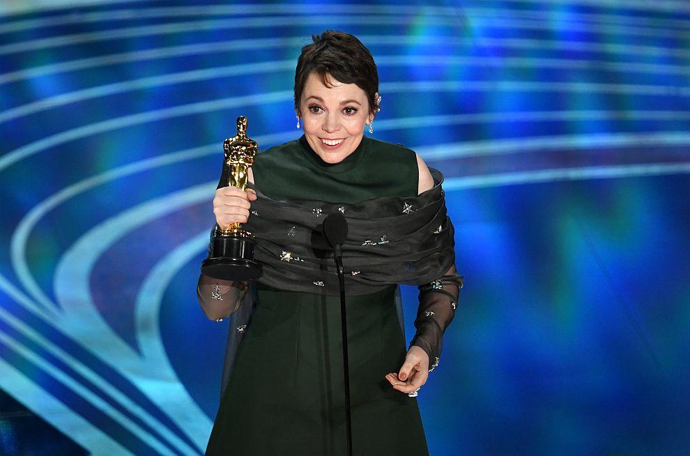 Оливия Колман спечели Оскар за най-добра актриса за ролята си във Фаворитката