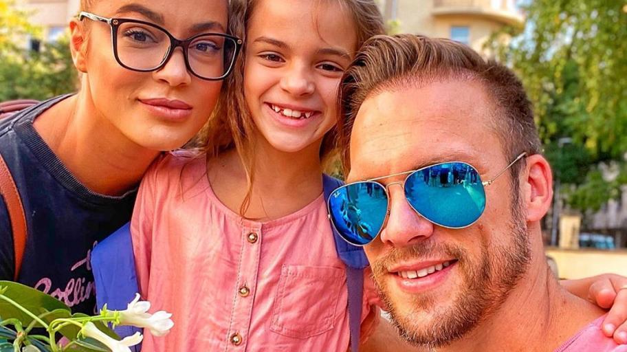 Какво разчувства Ваня Джаферович на 15 септември и още популярни семейства, които изпратиха децата си на училище